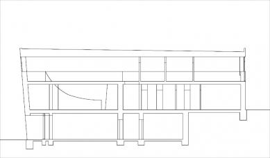 Rodinný dům na Červeném kopci - řez - foto: Fránek Architects