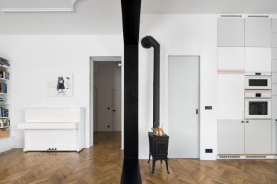Černý portál - foto: Studio Flusser