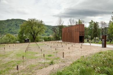 Vojenský cintorín v Majeri - foto: Ján Kekeli