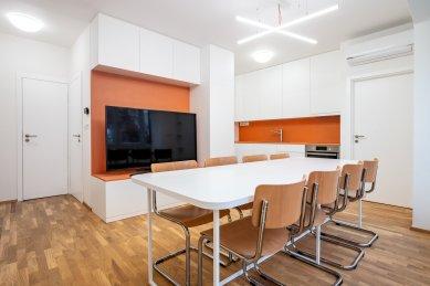 Dům s kancelářemi a byty - foto: Martin Zeman