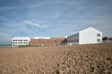 Základní škola Amos pro Psáry a Dolní Jirčany - foto: BoysPlayNice, www.boysplaynice.com