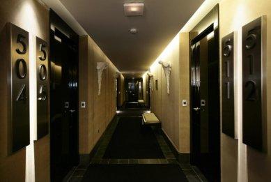 Hotel Puerta América - přízemí, 5 - 11. poschodí - Vitorio & Lucchino - 5. poschodí - foto: © Hoteles Silken; Rafael Vargas, 2005