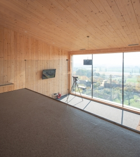 Víkendový dům nad lomem - foto: MgA. Jiří Ernest