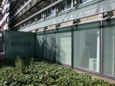 SUVA House - foto: Petr Šmídek, 2003