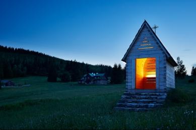 Zvonička na Vlašských boudách - foto: Andrea Thiel Lhotáková