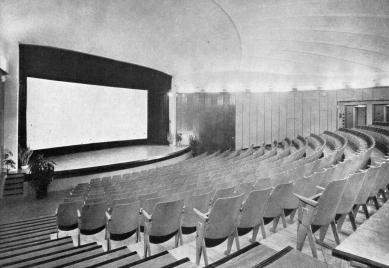 Širokoúhlé kino v Uherském Hradišti