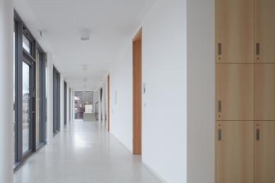 Přístavba Katolického gymnázia vTřebíči - foto: BoysPlayNice, www.boysplaynice.com