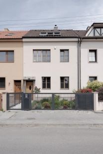 Dom dvom - foto: Matej Hakár
