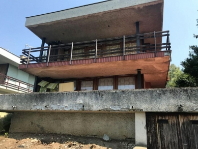 Chata pri jazere - Fotografie původního stavu - foto: Compass architekti