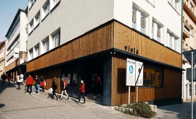 Viola centrum pre umenie - foto: Jaroslav Vaľko