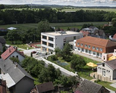 Přístavba ZŠ Okrouhlice - foto: Tomáš Rasl