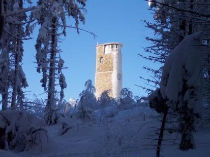 Turistická kamenná rozhledna Brdo – Chřiby - foto: Radomil Stojan
