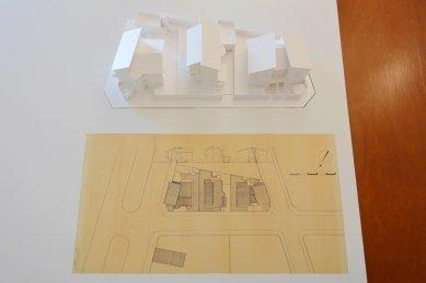 Four Dwellings Matosinhos - Model a situace - foto: Petr Šmídek, 2020