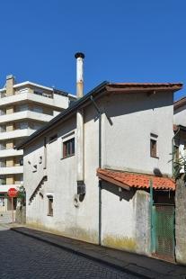 Four Dwellings Matosinhos - foto: Petr Šmídek, 2013