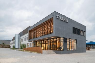 LANIK Headquarters - foto: Viktor Mácha