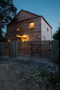 Rodinný dům v Hradištku pod Medníkem - foto: Martin Zeman, DAtelier