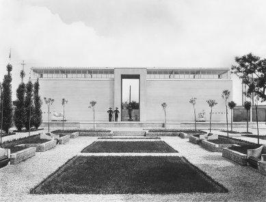 Rakouský národní pavilon - Historický snímek z roku 1934 - foto: Archiv Kramreiter