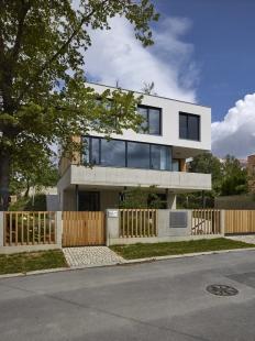 Single-Family Home in Prague - Braník - foto: Filip Šlapal