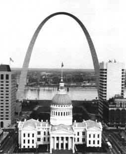 Gateway Arch - Historická fotografie