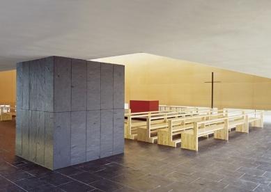 Kostel sv. Františka - foto: © archiv Riepl Riepl Architekten