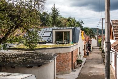 Rekonstrukce a přístavba domu vbývalé dělnické kolonii - foto: Pavel Barták