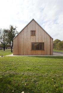 Centrum technologie zpracování dřeva v Žitovlicích - foto: Alex Shoots Buildings
