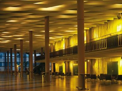 Kongresové centrum s hotelem - Velký foyer