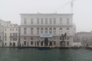 Palazzo Grassi - foto: Petr Šmídek, 2012