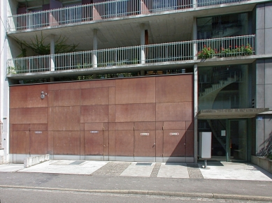 Apartment and Office Building Schwitter - foto: Petr Šmídek, 2002