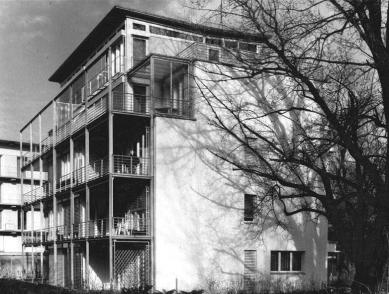 Tři bytové domy na Luzerner Ring - Pohled na jihozápadní fasádu - foto: © Jura Oplatek Architekt SIA
