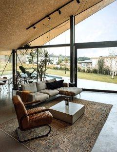 Plechový dům u Lince - foto: Paul Eis