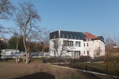 Dostavba a rekonstrukce základní a mateřské školy vÚněticích - foto: Michal Ureš