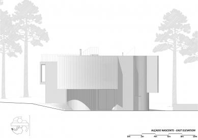 Jetelový dům - Východní pohled - foto: Double (O)