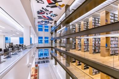 Knihovna Nadace Stavrose Niarchose - foto: Max Touhey