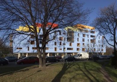 Bytový dům ul. Na Okraji - foto: Ester Havlová