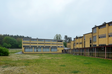 Bývalá škola odborových svazů - foto: Petr Šmídek, 2019
