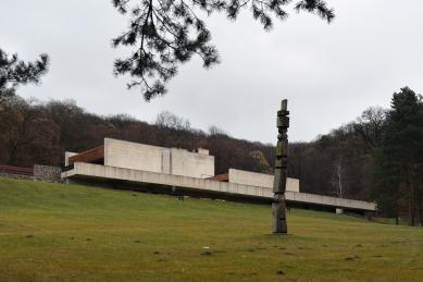 Krematorium a urnový háj vBratislavě - foto: Petr Šmídek, 2018