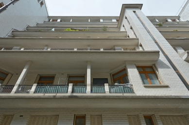 Bytový dům s bazénem - foto: Petr Šmídek, 2019