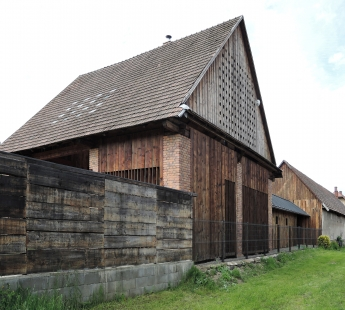 Rodinný dom zo storočného humna