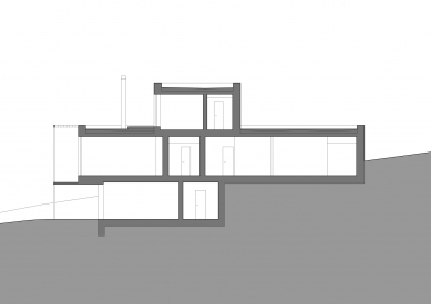 Rodinný dům v Jevanech - Podélný řez - foto: ABM architekti