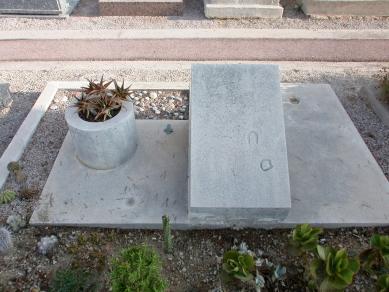 Hrob Le Corbusiera a jeho ženy Yvonne - foto: Petr Šmídek, 2006