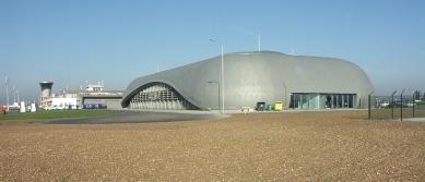 Odbavovací hala letiště Brno-Tuřany - foto: Petr Hampl
