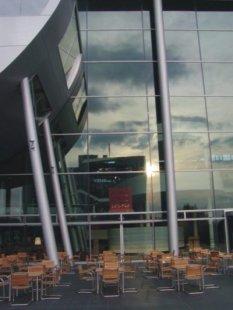 Gläserne Manufaktur - foto: Petr Šmídek, 2001