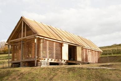 Stodola v Krňanech - foto: © Andrea Lhotáková, 2006