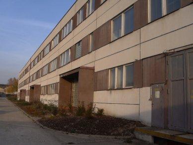 Rekonstrukce administrativní budovy firmy Milos - Původní stav - foto: Atelier UM