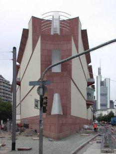Muzeum moderního umění - foto: Petr Šmídek, 2002