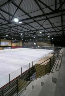 Zimní stadion v Hronově - foto: Ester Havlová