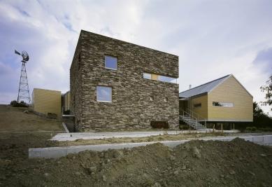 Dům v lomu - foto: archiv