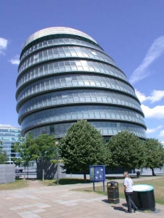 Greater London Authority - foto: Petr Šmídek, 2004