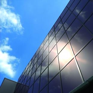 Společnost Schüco představila designově oceňované novinky v oblasti fotovoltaiky a solární termiky pro rok 2011 - Schüco ProSol TF: studená fasáda - foto: Schüco